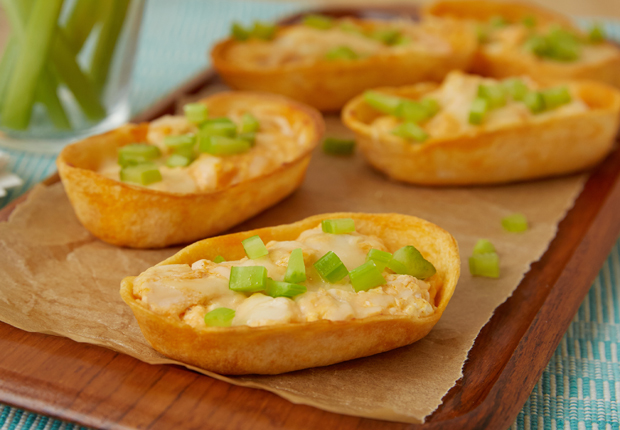 buffalo-chicken-mini-dip-boats