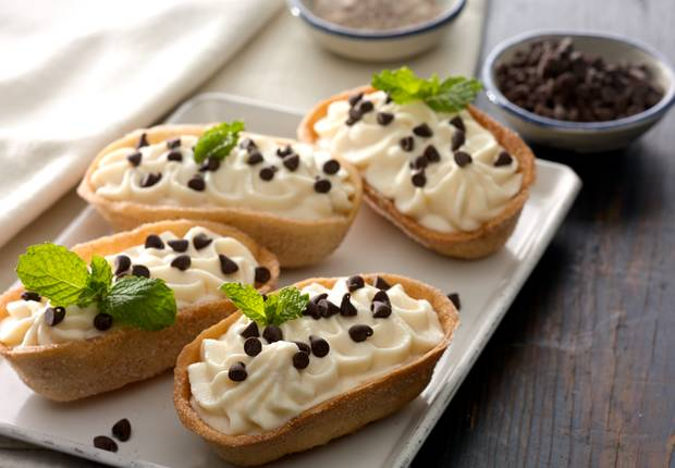 Cannoli Mini Taco Boats™