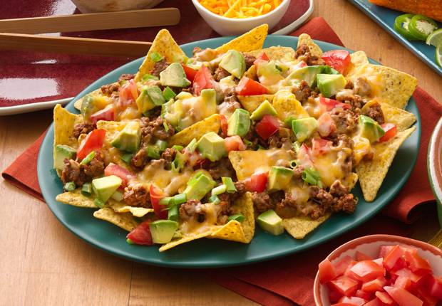 Easy Beef Nachos Recipe from Old El Paso