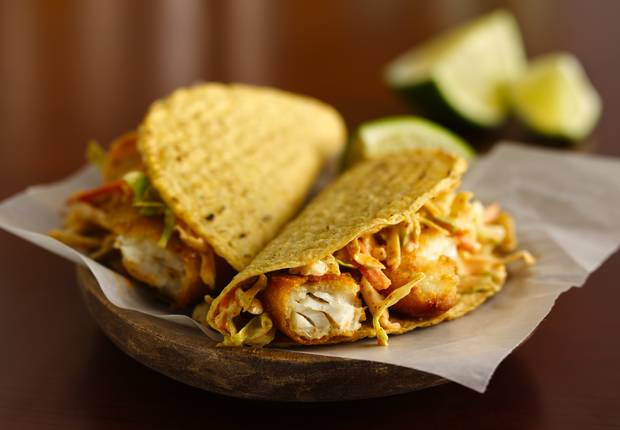 Easy fish tacos recipe from old el paso for Simple fish taco recipe