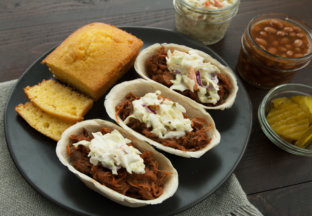Memphis-Style Pulled Pork Mini Taco Boats